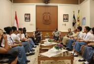 Tim Paduan Suara bertemu Gubernur